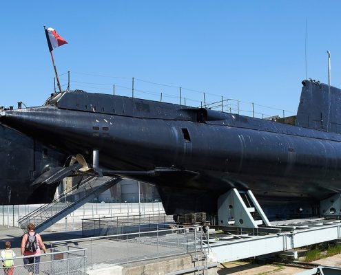 Sous-marin-Flore–S645-et-son-musée